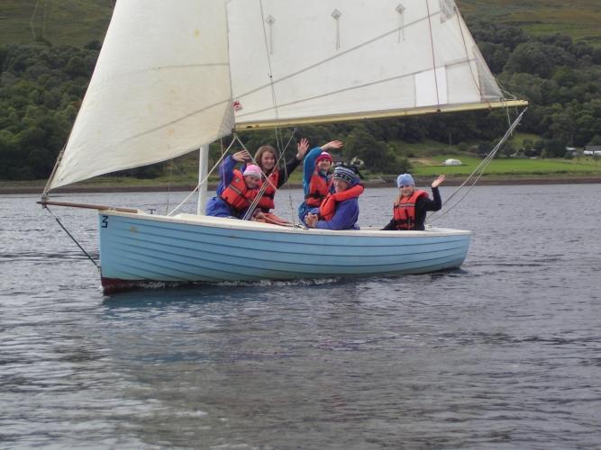 Dingy sailing on Loch Linnie.